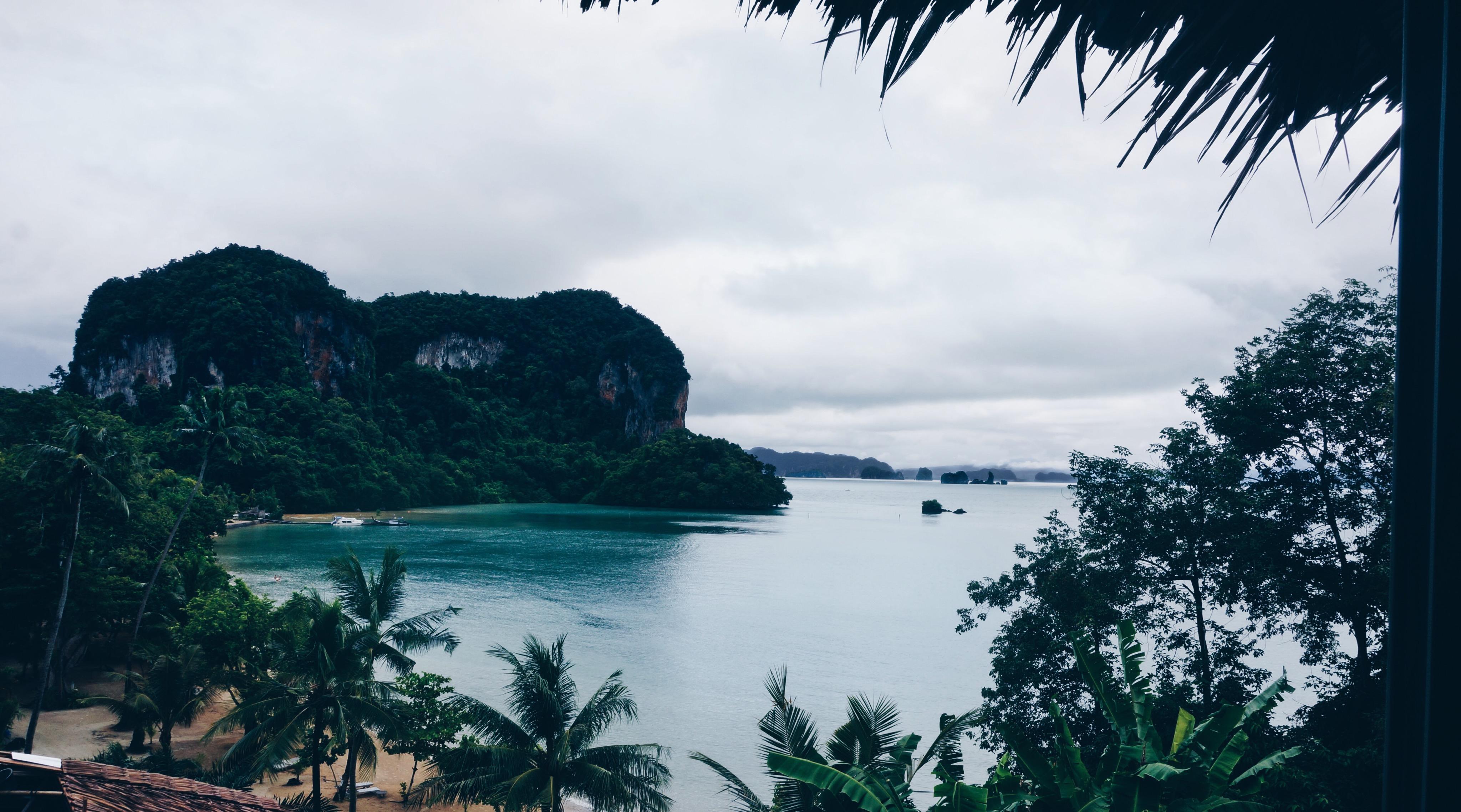 Blick aufs Meer vom Bett aus, Koh Yao Noi Traumhotel
