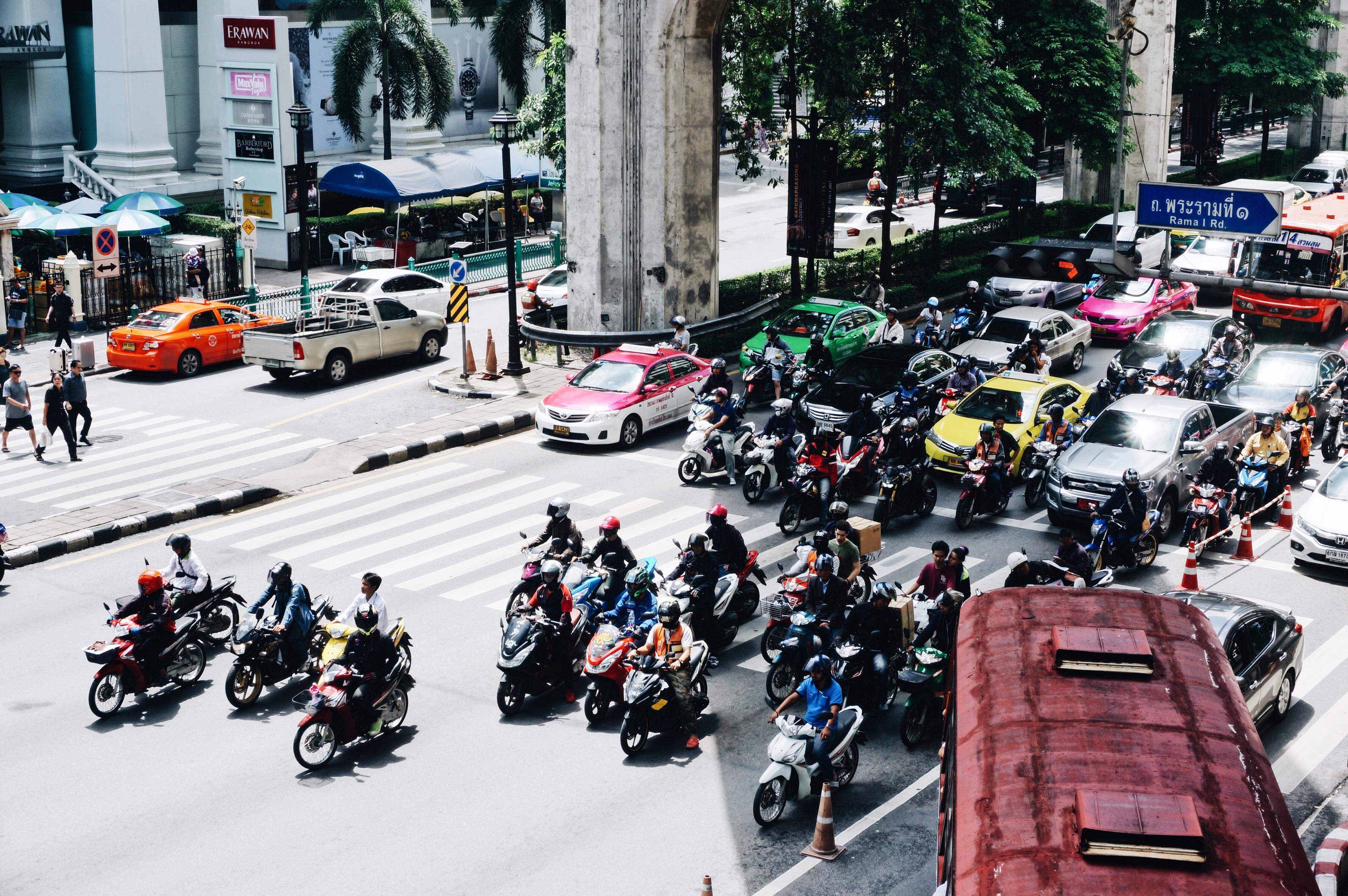 Thailand Fortbewegung, Straßenverkehr, Regeln, Tuk Tuk fahren, Verkehr, Roller leihen