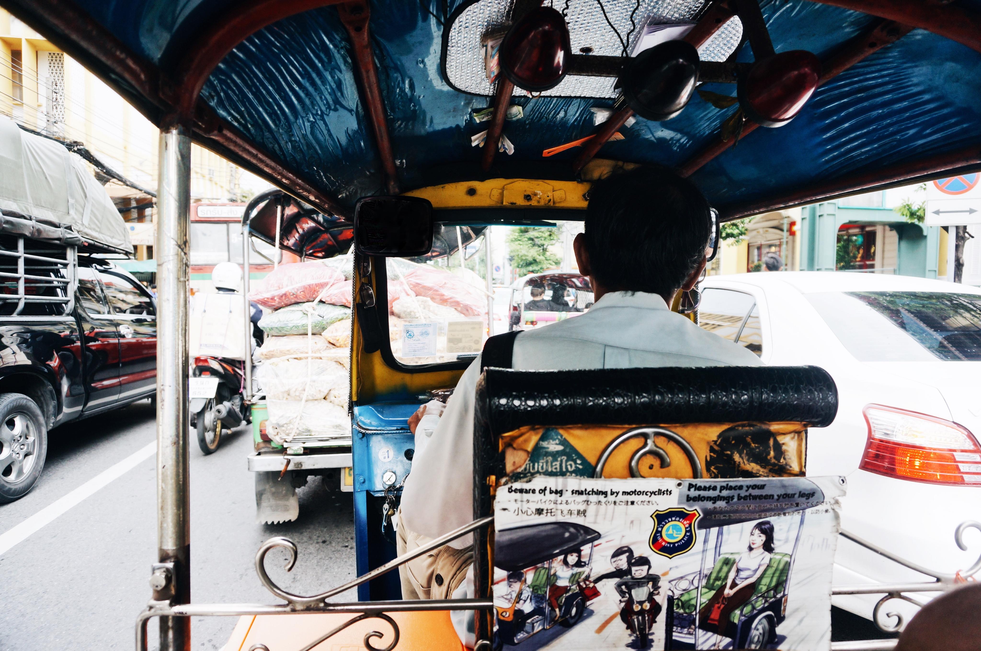 Thailand Fortbewegung, Straßenverkehr, Regeln, Tuk Tuk fahren