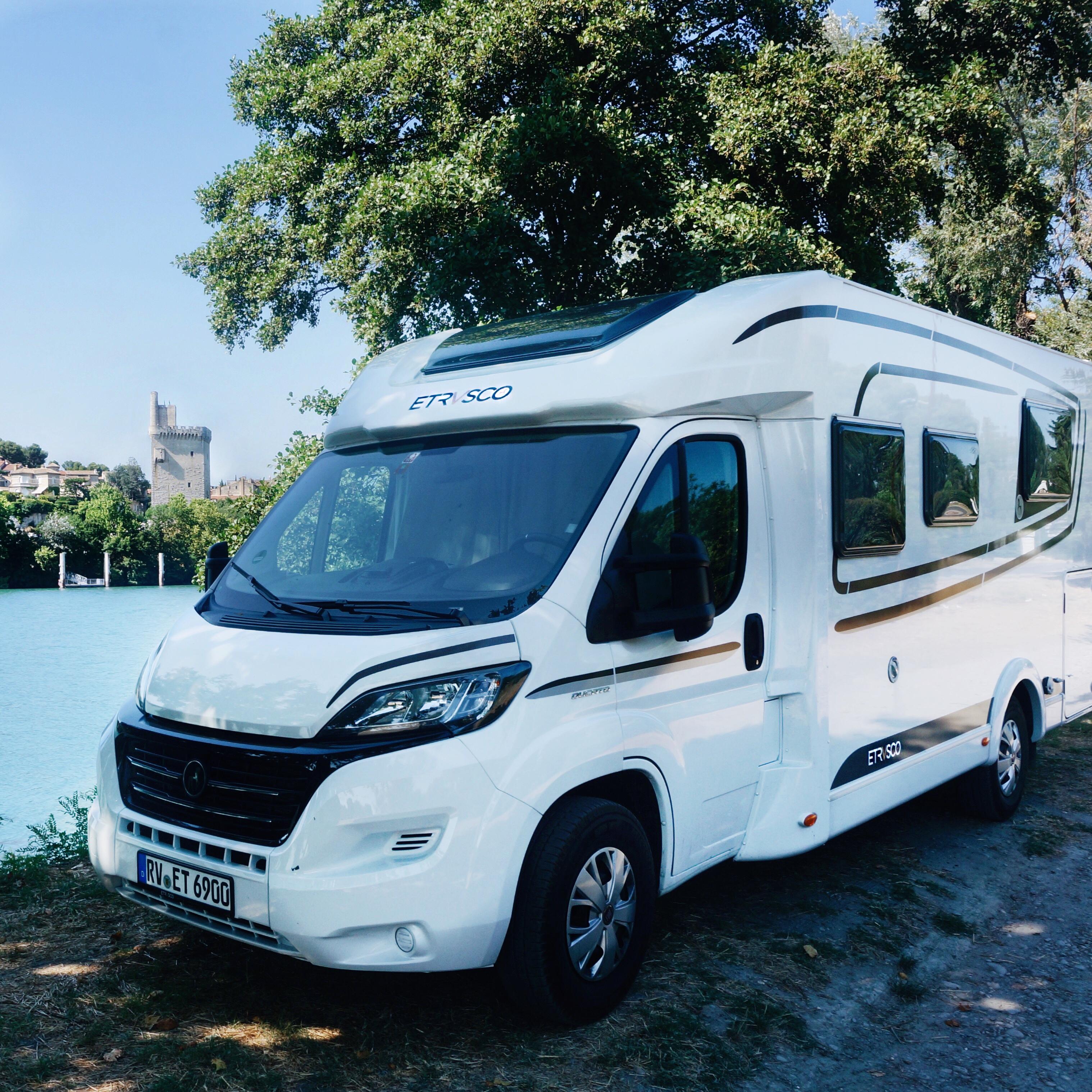 Wohnmobilstellplatz avignon, Wohnmobil durch Frankreich, Provence, Campingplätze, Stellplätze Frankreich