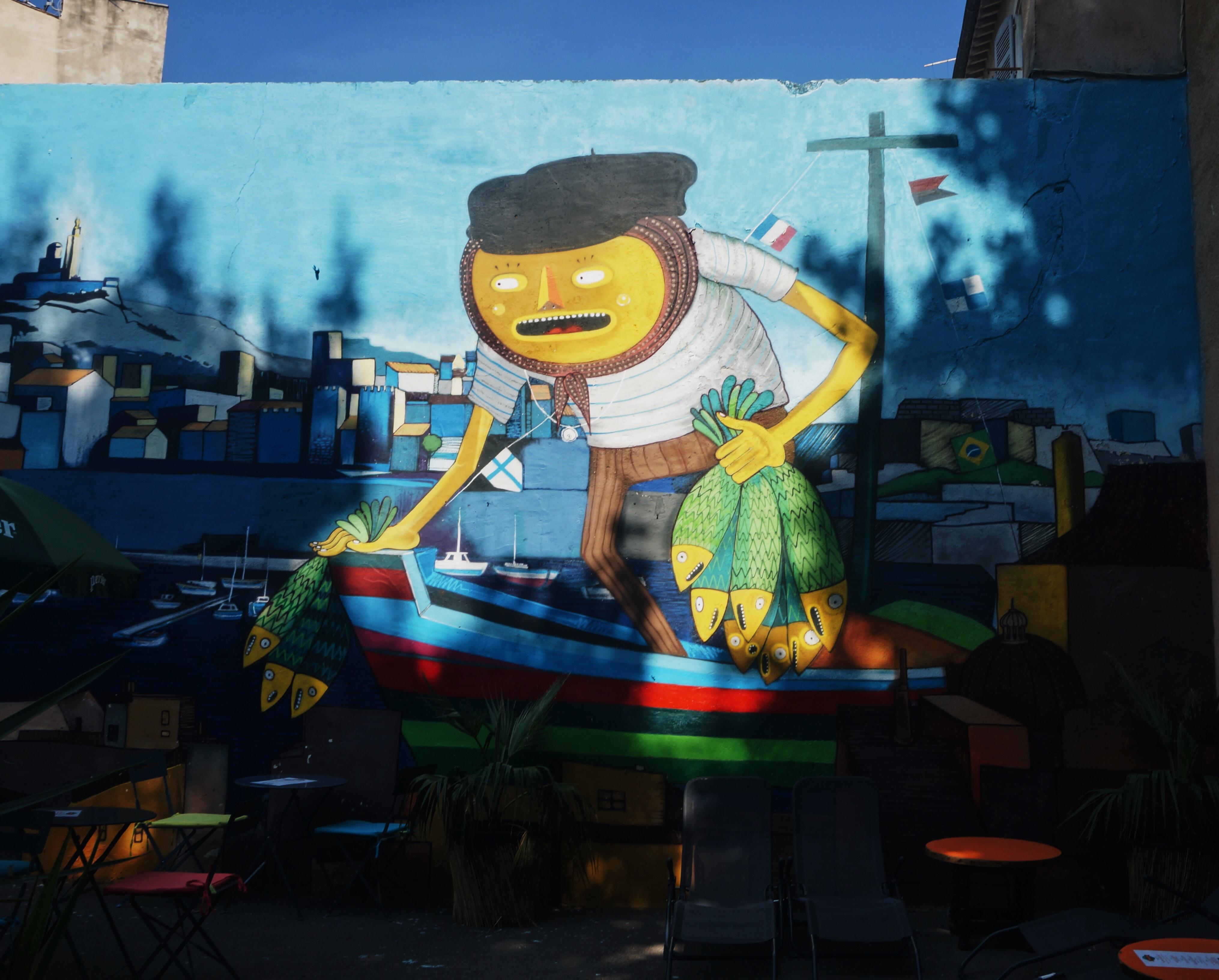 Graffiti; Kunst und Kultur, Reisen, Sehenswürdigkeiten, Frankreich, Kurztrip, Ausflug, Reisen, Häuser in Marseille, Französisch, Urlaub