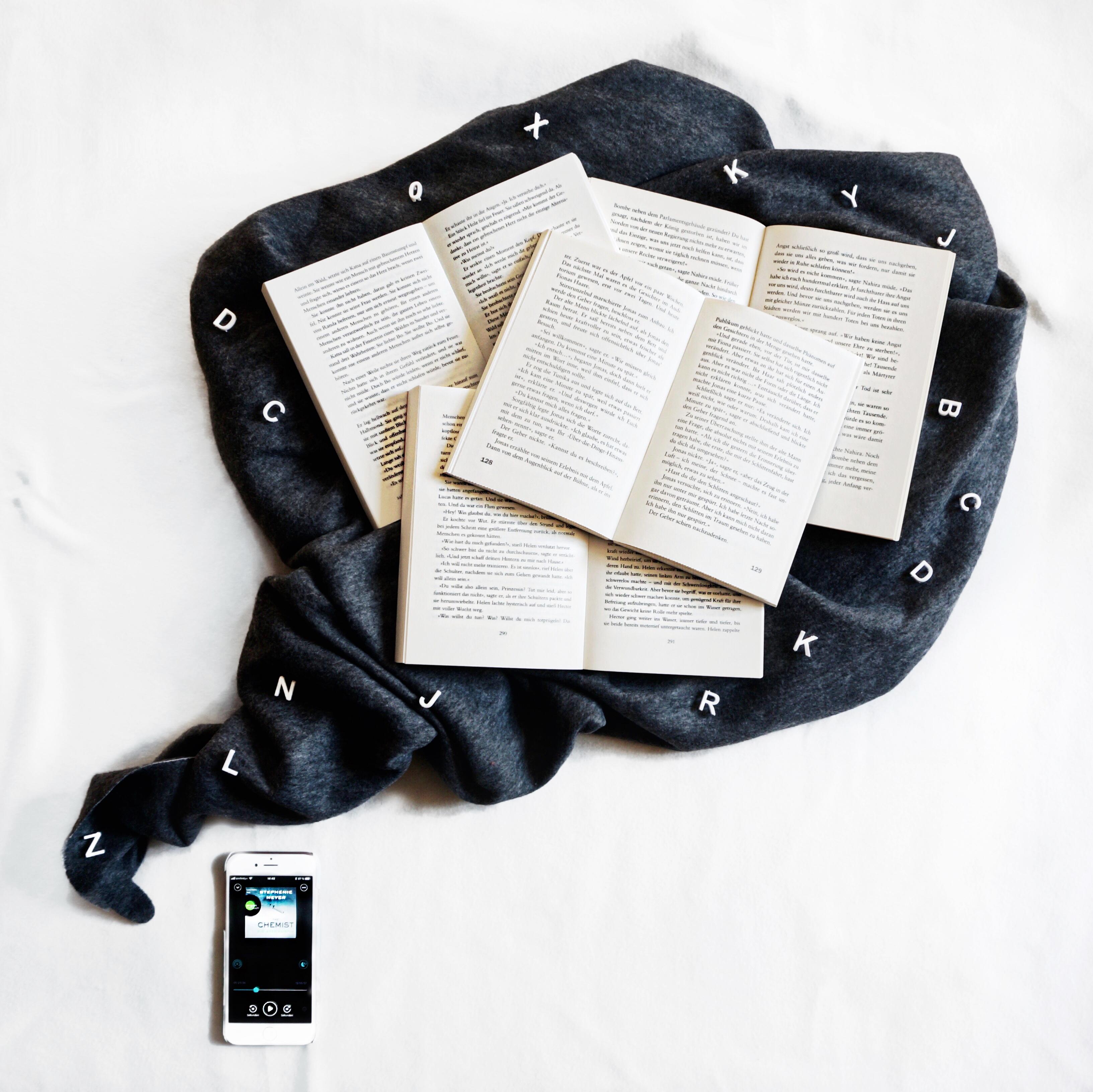Bücher, Hörspiele, Bookbeat