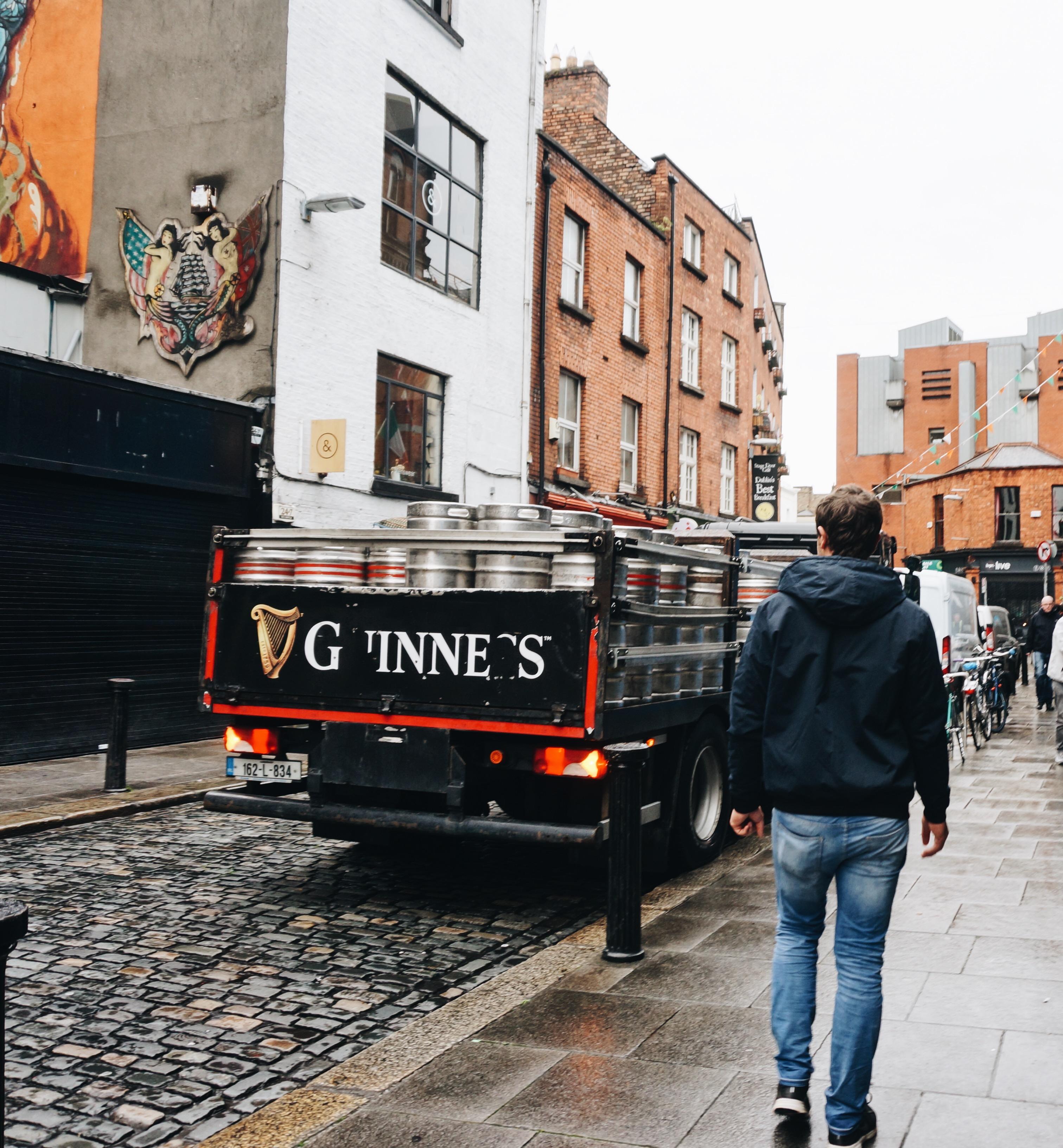 Irland Dublin Städtetrip Sehenswürdigkeiten, Hängebrücke, Action Ausflüge Irland, Carrick a Rede, Giants Causeway, Nordirland