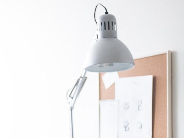 20+ besondere Schreibtischlampen im Skandi Style auf Amazon