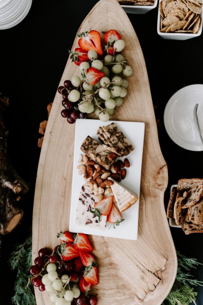 So dekorierst du die perfekte Käseplatte – Käseplatte Tipps & Inspiration